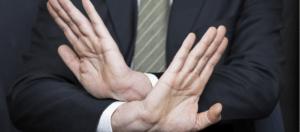 hands 5 300x132 - Можно ли отказаться от страховки по ипотеке? Правовые нормы