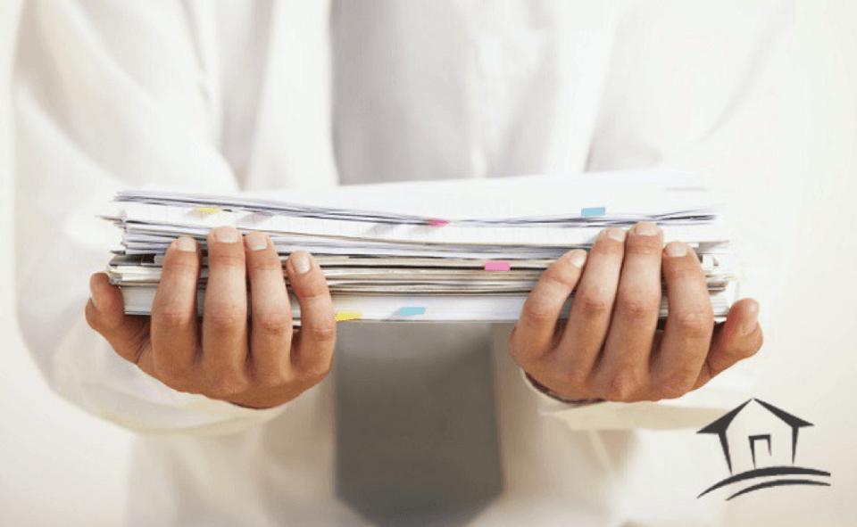 hands 8 - Материнский капитал как первоначальный взнос по ипотеке - список банков и документов